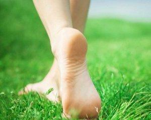 Трещины на пятках - причины и лечение в домашних условиях
