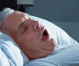 Что делать если закладывает нос без насморка